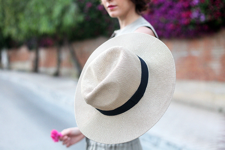 look_of_the_Day-vince-vestido_alpargatas-checosa05