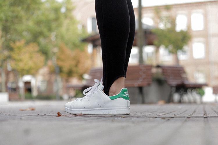 look_of_the_day-estilismo-chocker_adidas-checosa03