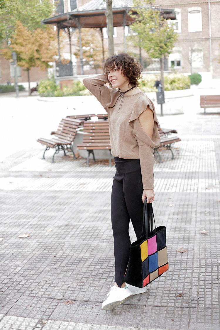 look_of_the_day-estilismo-chocker_adidas-checosa11