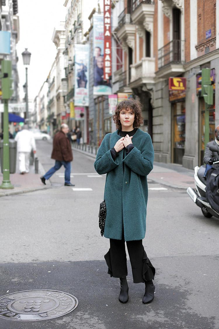 look_of_the_day-winter-coat-boots-metacrilato-checosa01