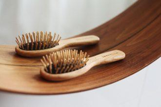 cepillo de madera henna morena